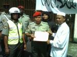 Delegasi HTM yang diketuai Ustaz Hakim menyerahkan memorandum kepada wakil ATM